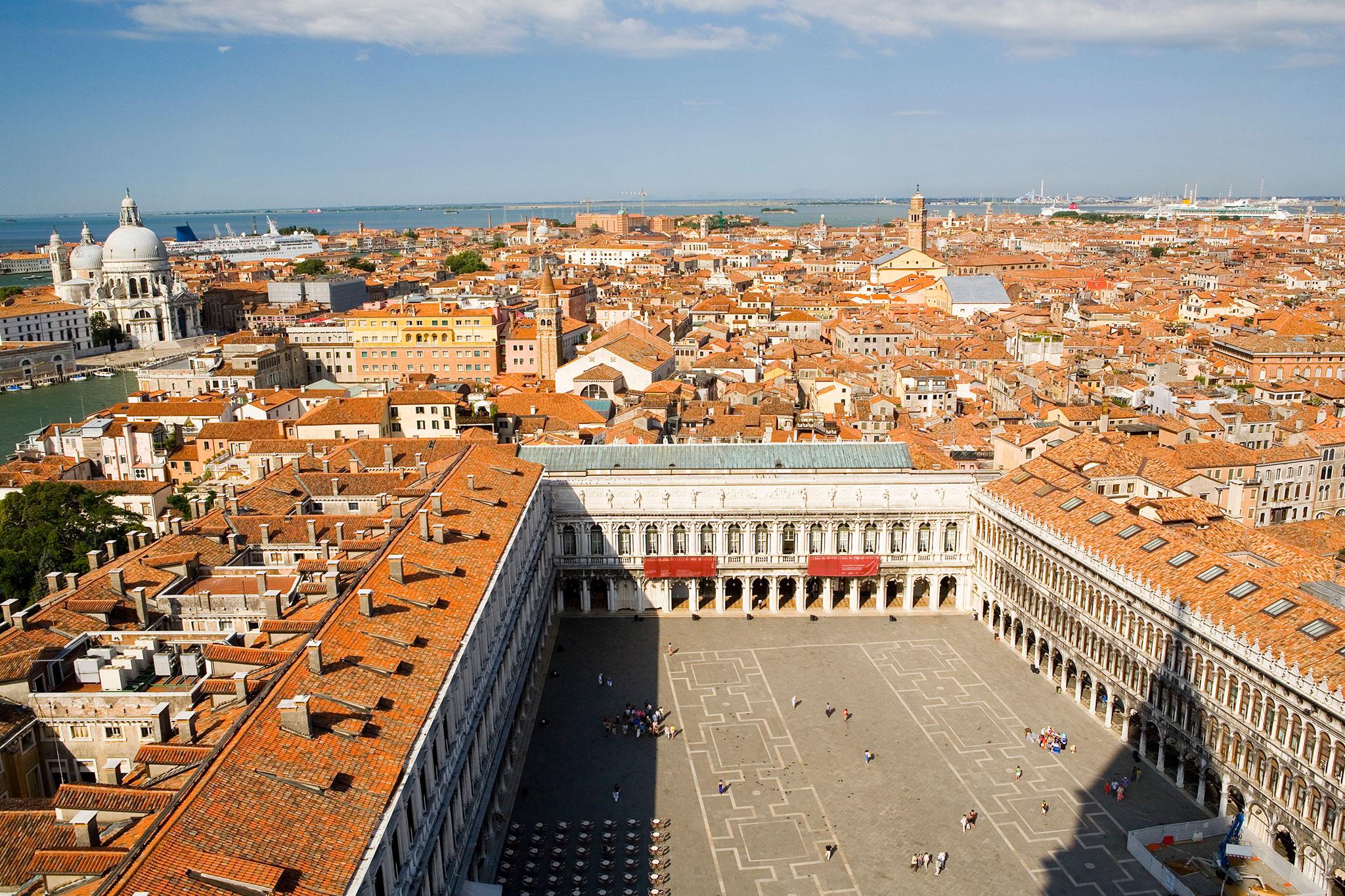 Venezia and Casanova